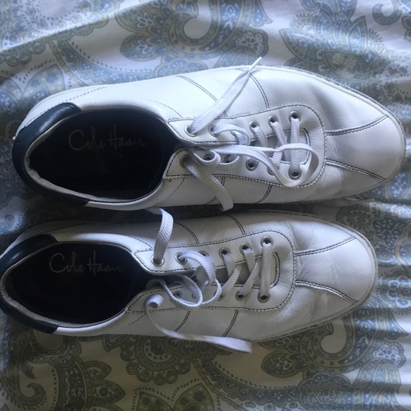 Cole Haan Other - Cole Haan white leather lace ups with Nike AIR